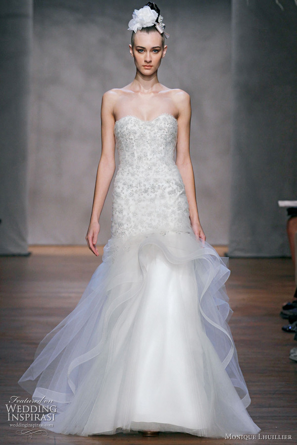 Monique Lhuillier Fall 2011 wedding dress : Lumiere - ivory embellished chantilly lace strapless sweetheart neckline, elongated dropped waist gown with horsehair trimmed ruffle skirt