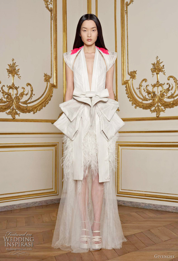 Givenchy Japanese inspired Spring 2011 couture collection by Riccardo Tisci