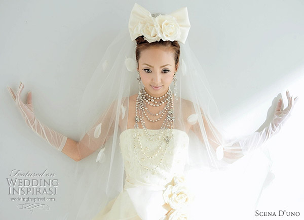 Romantic and sweet wedding dresses from Japanese bridal house Scena D'Uno