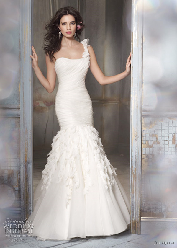 Jim hjelm spring 2011 wedding dresses wedding inspirasi for Jim hjelm wedding dresses