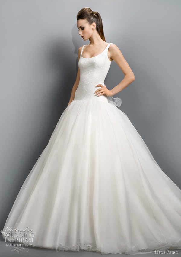 Jesus Peiro Wedding Dresses 2011 Collection Wedding Inspirasi