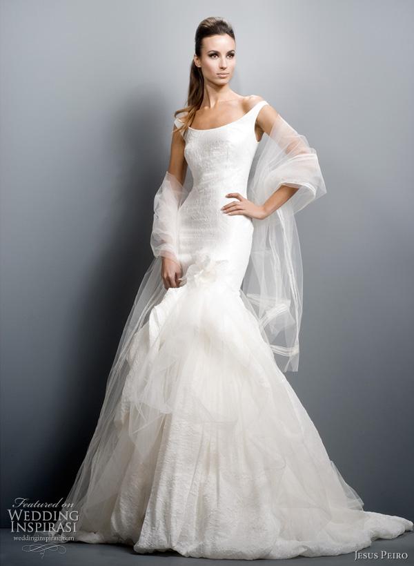 2011 off shoulder wedding dress