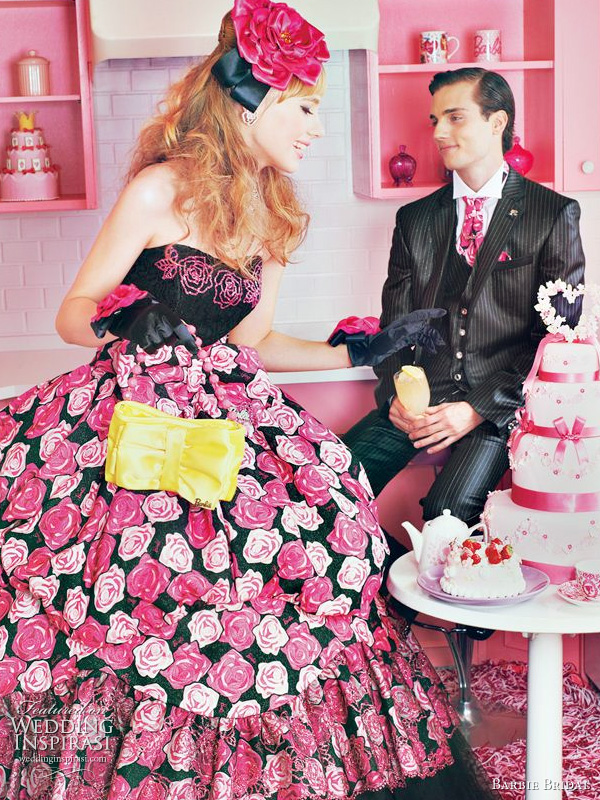 Barbie 2011 bridal dress - pink and black wedding gown