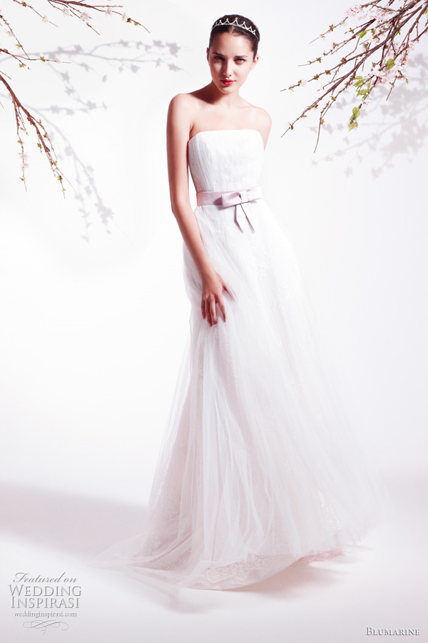 Blumarine Bridal 2011 Spring/Summer collection - strapless wedding dress
