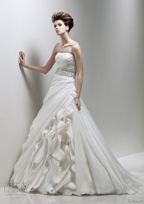 Enzoani bridal 2011 Fabi strapless wedding dress