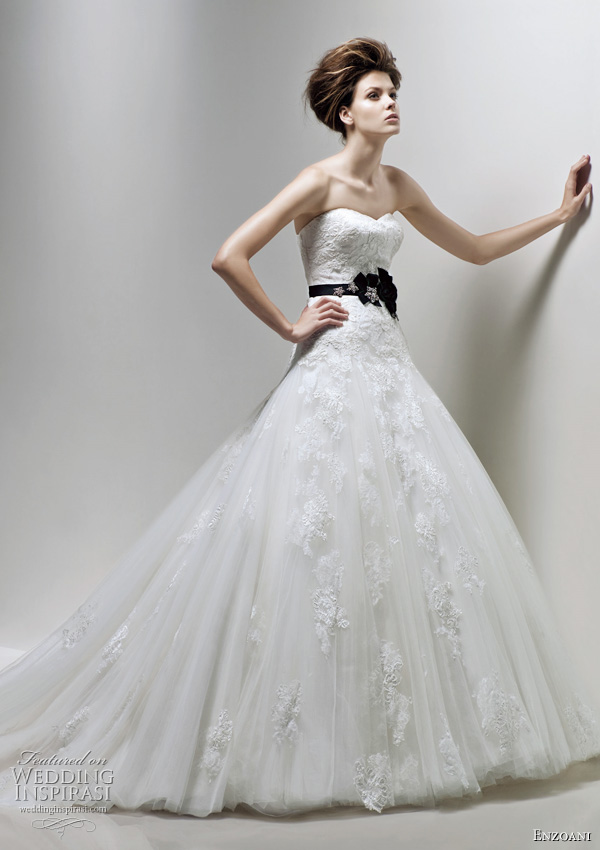 Enzoani Fatima wedding dress 2011 bridal collection
