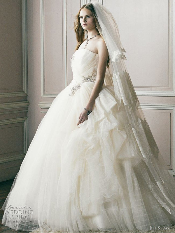 Offwhite ball gown with strass accent at the waist Jill Stuart Bridal 2011