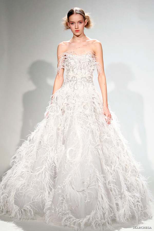 marchesa wedding dress fall 2011