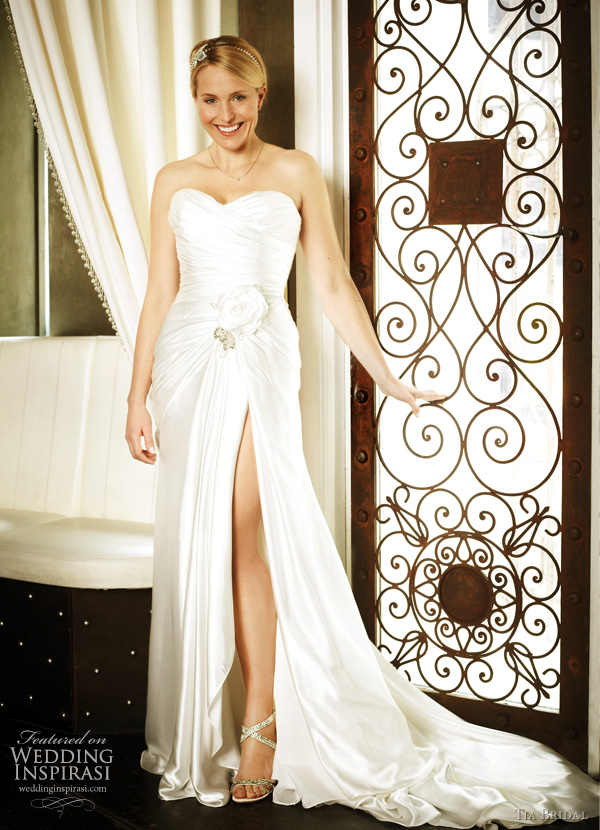 Tia Bridal 5204 by Benjamin Roberts 2011 wedding dress