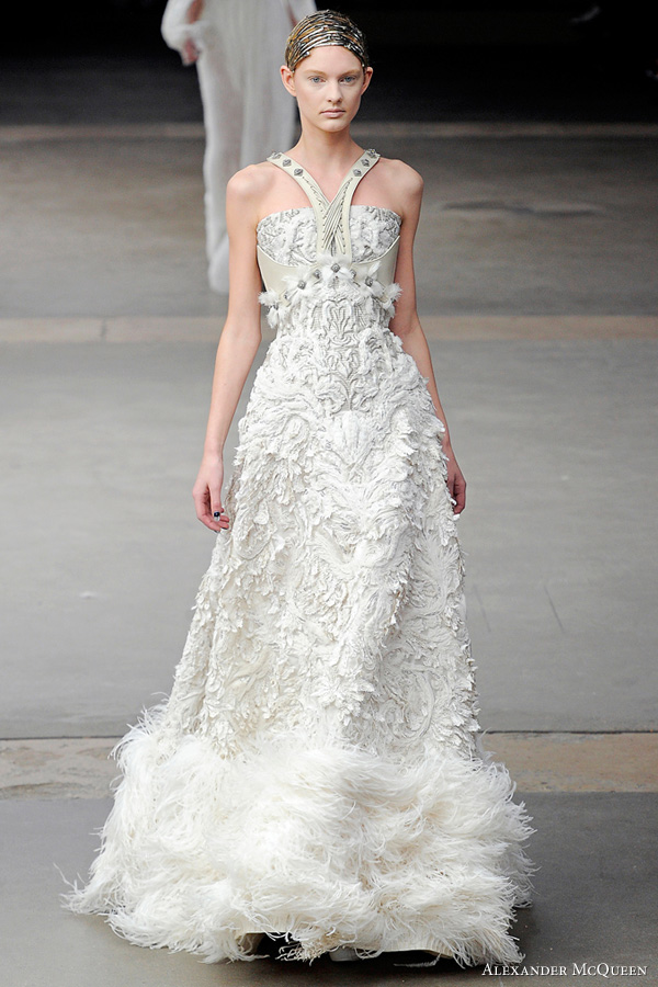 alexander mcqueen wedding dress 2011