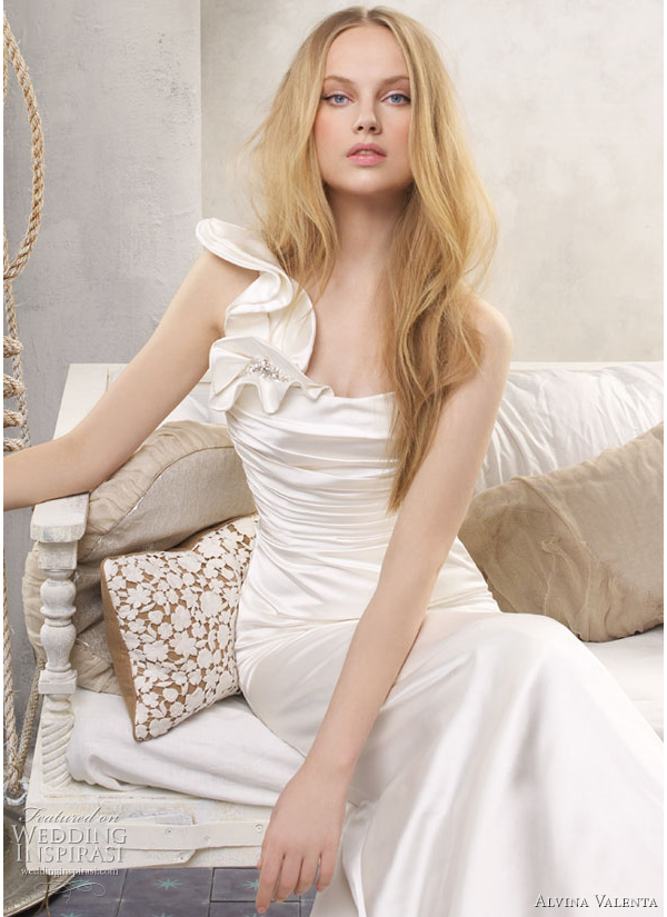 alvina valenta wedding dresses 2011 Ivory Eggshell silk faced duchess soft