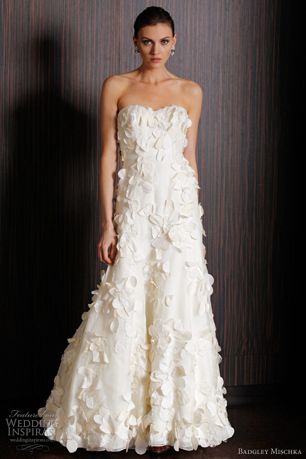 Badgley mischka bridal spring 2011 collection wedding for Wedding dress badgley mischka