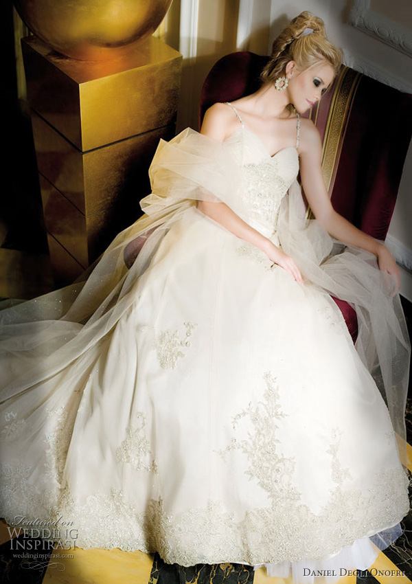 daniel degli onofri wedding gown