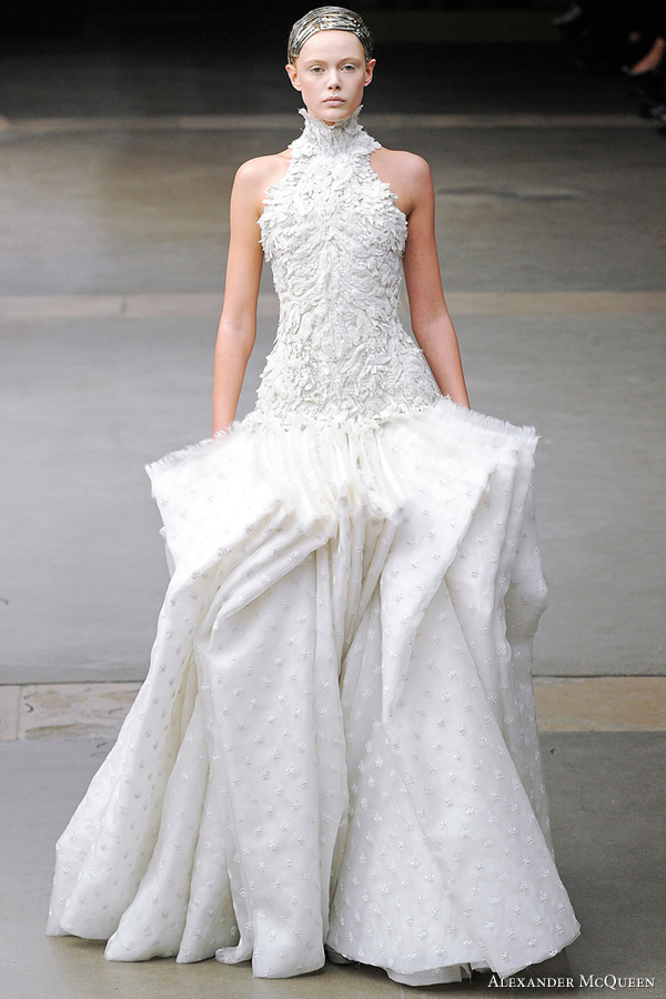 Kate Middleton Wedding Dress By Sarah Burton For Alexander Mcqueen