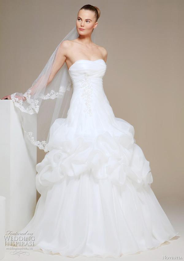 Wedding Dress With Pick Up Skirt 75 Cute novestia turkiye gelinlik