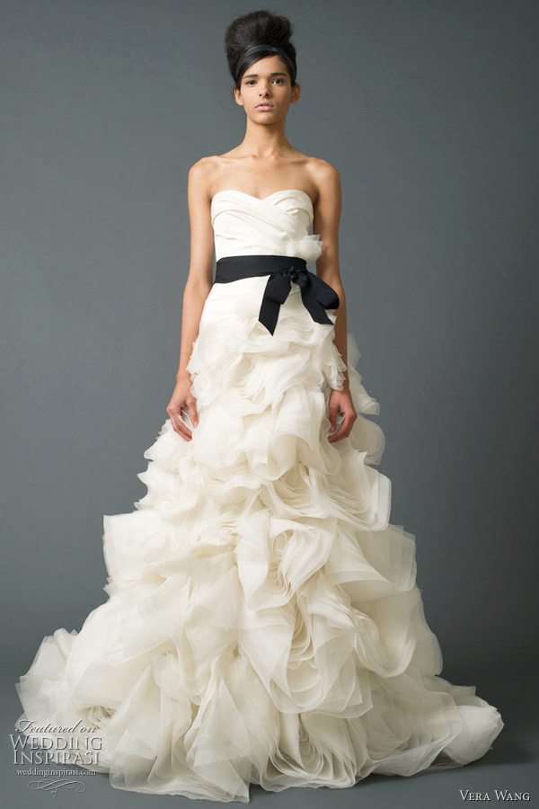 Vera wang wedding dresses fall 2011 bridal collection wedding vera wang bridal fall 2011 junglespirit Gallery