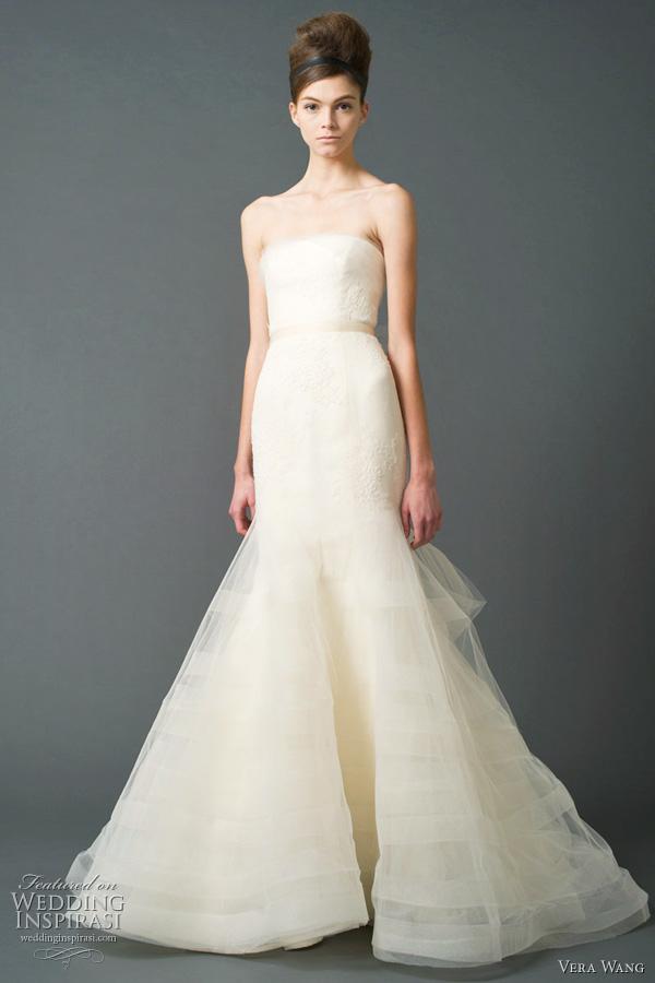 Vera wang wedding dresses fall 2011 bridal collection for Vera wang wedding dresses outlet