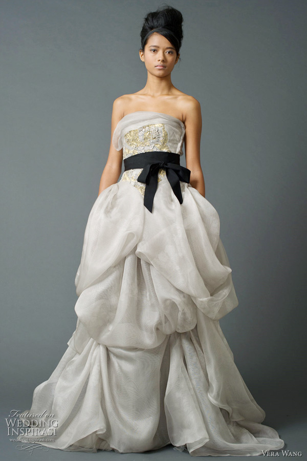 vera wang wedding dress fall 2011