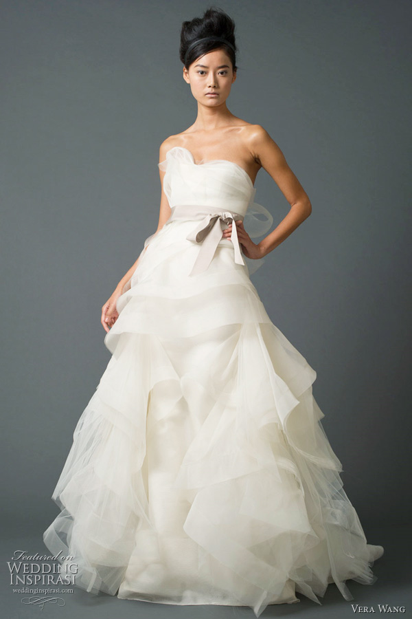 Top Vera Wang Wedding Dress 600 x 900 · 92 kB · jpeg
