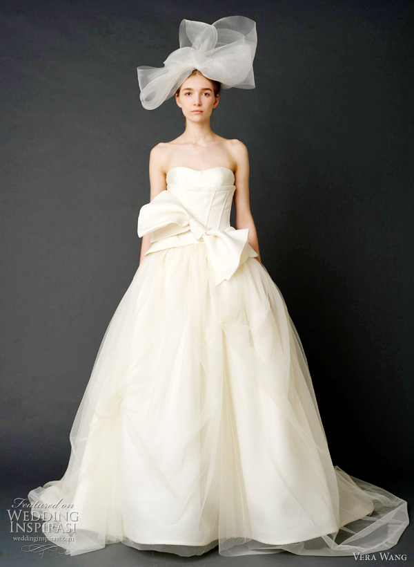 2012 vera wang wedding dresses - Strapless sweetheart tulle ballgown with trapunto-stitched gazaar corset.