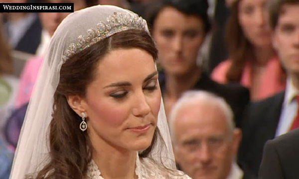 kate middleton 1936 cartier halo tiara lent by the Queen