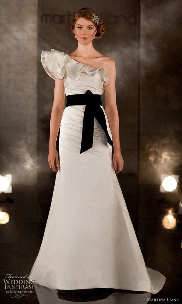 martina liana 344 wedding dress 2011 bridal collection