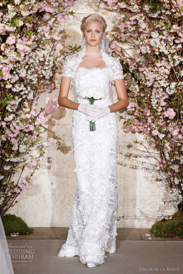 oscar de la renta 2012 - sheath lace wedding dress from the bridal collection
