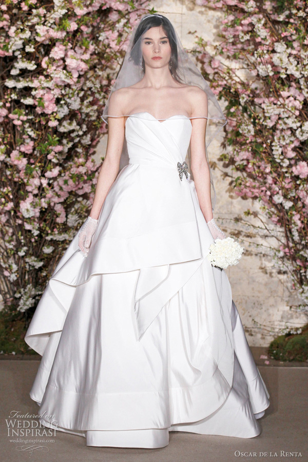oscar de la renta bridal 2012 - strapless ball gown wedding dress