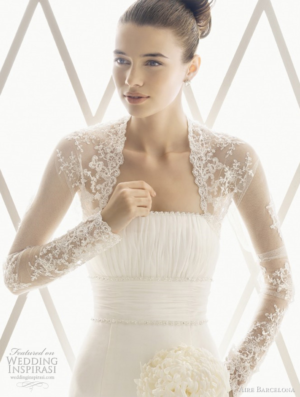Aire Barcelona lace wedding dress top inspired by grace kelly wedding gown