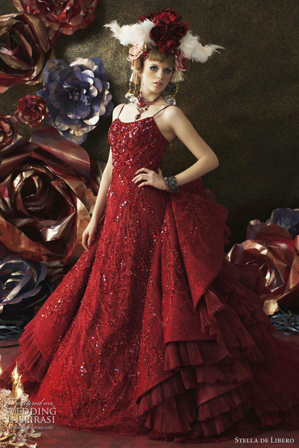 red wedding dresses 2011 by japanese bridal label Stella de Libero