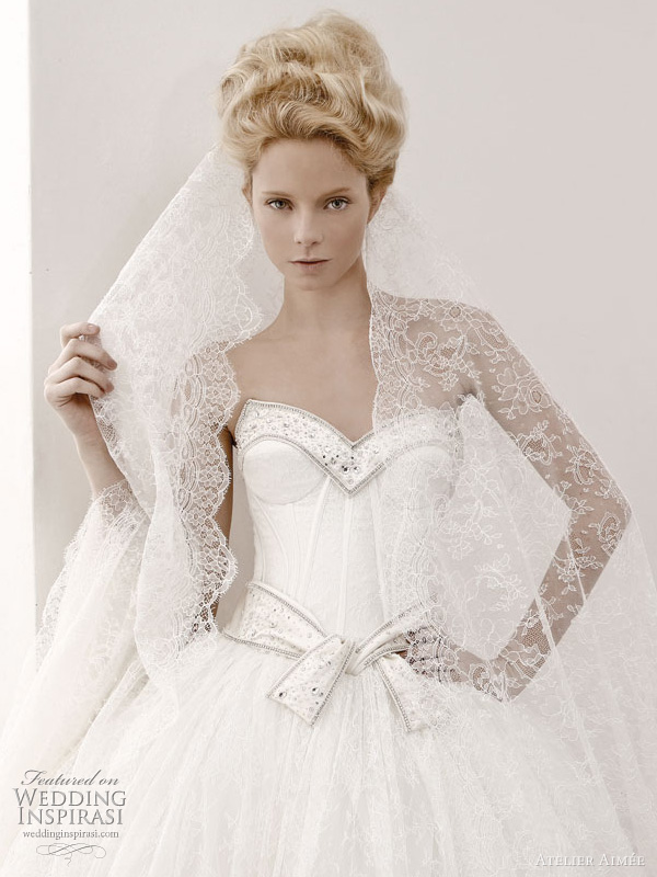 romantic wedding gowns 2011