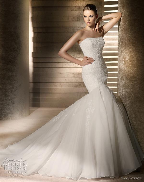 فساتين زفاف منفوشة فساتين زفاف