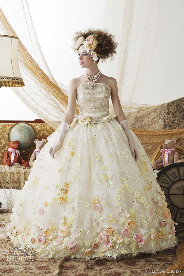 stella de libero 2011 wedding dress - cute bridal gown collection