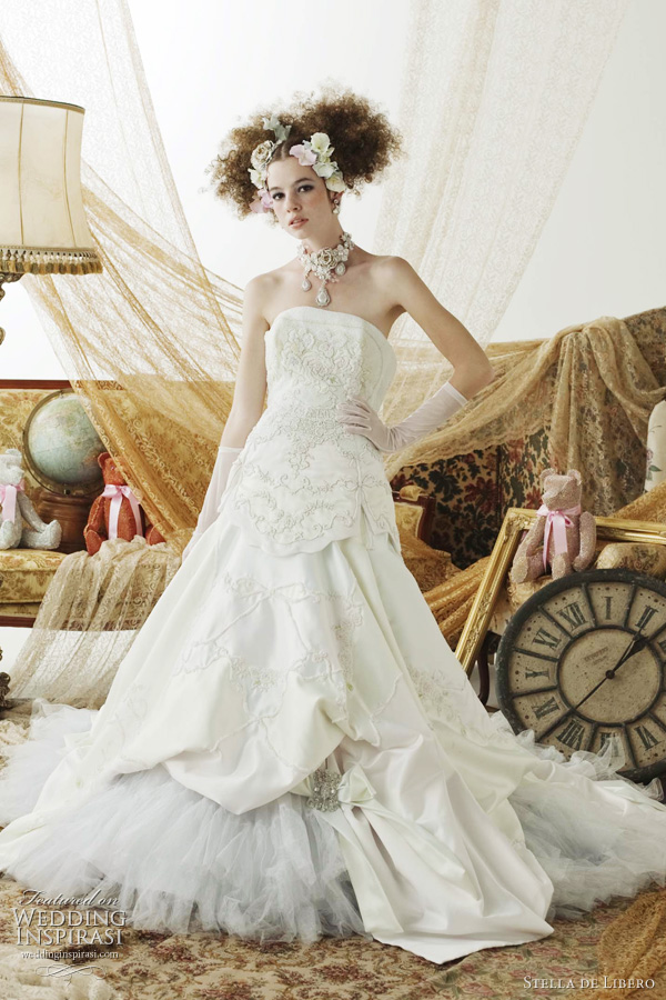 stella de libero white wedding dress 2011