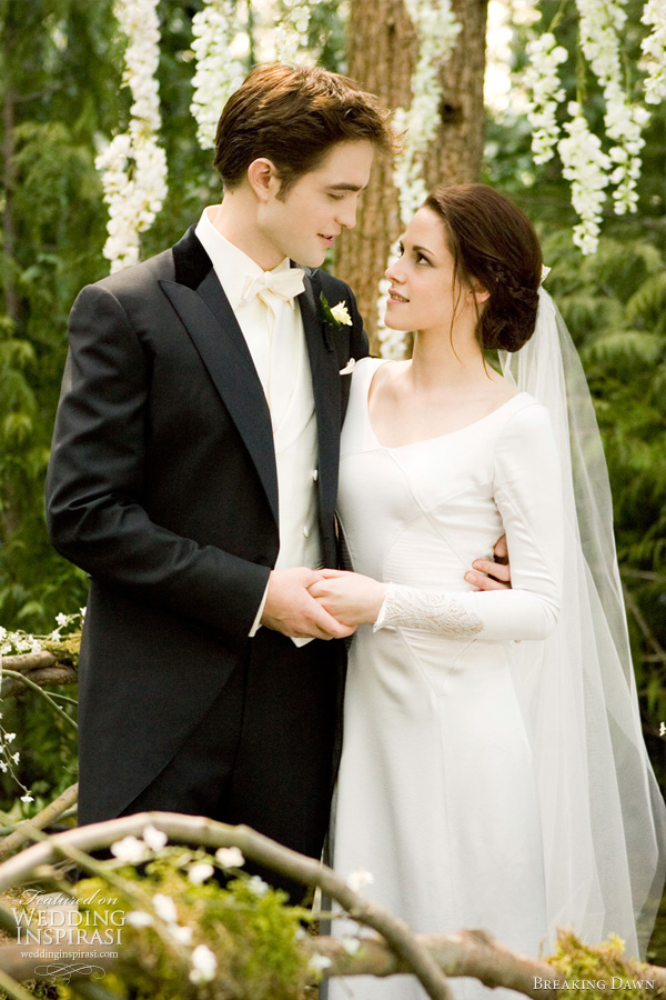 bella swan wedding dress -- Twilight: Breaking Dawn bridal gown pictures