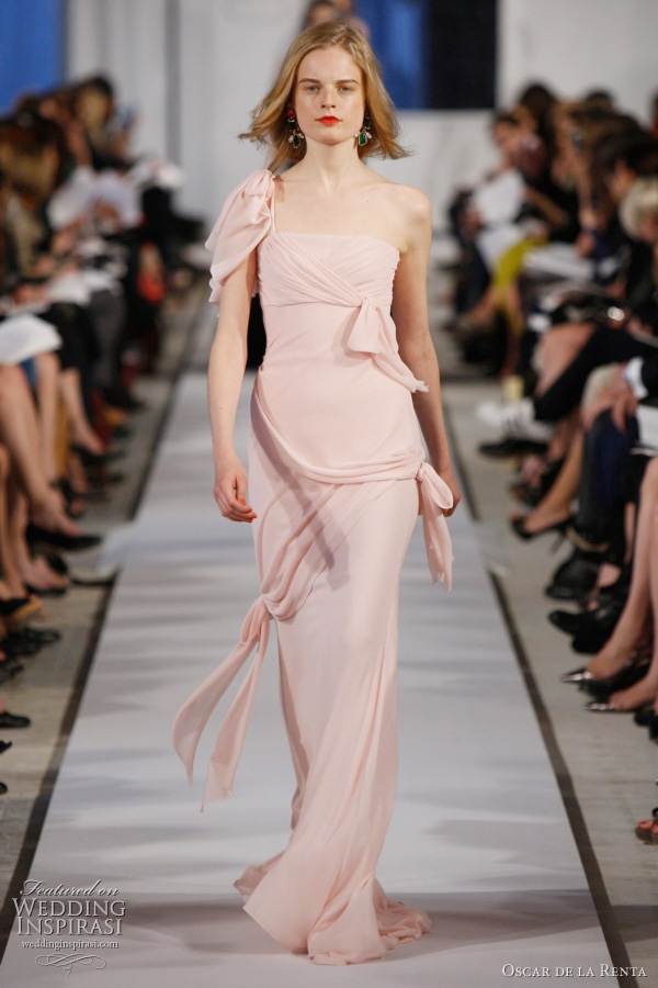 oscar de la renta resort 2012 - blossom crimped chiffon gown with gathered bows