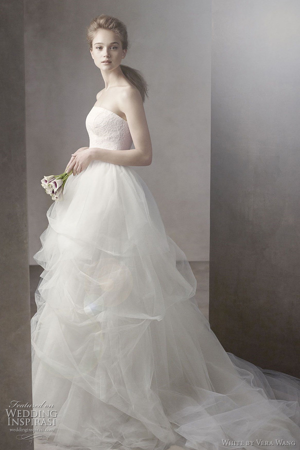 white by vera wang fall 2011 2012 - Ball Gown with Corded Lace Bodice and Tulle Skirt Style VW351065