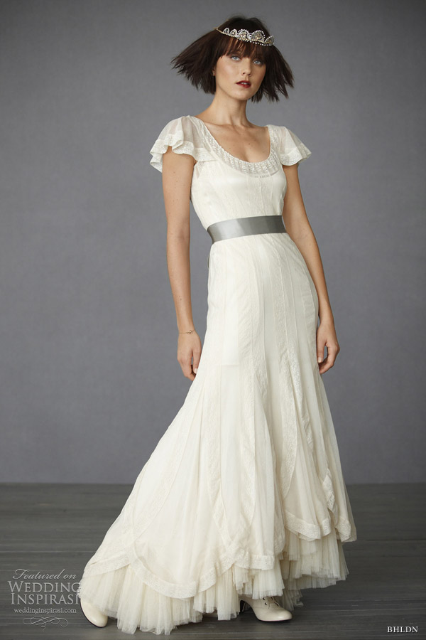 Bhldn wedding dresses fall 2011 wedding inspirasi for Antique inspired wedding dresses