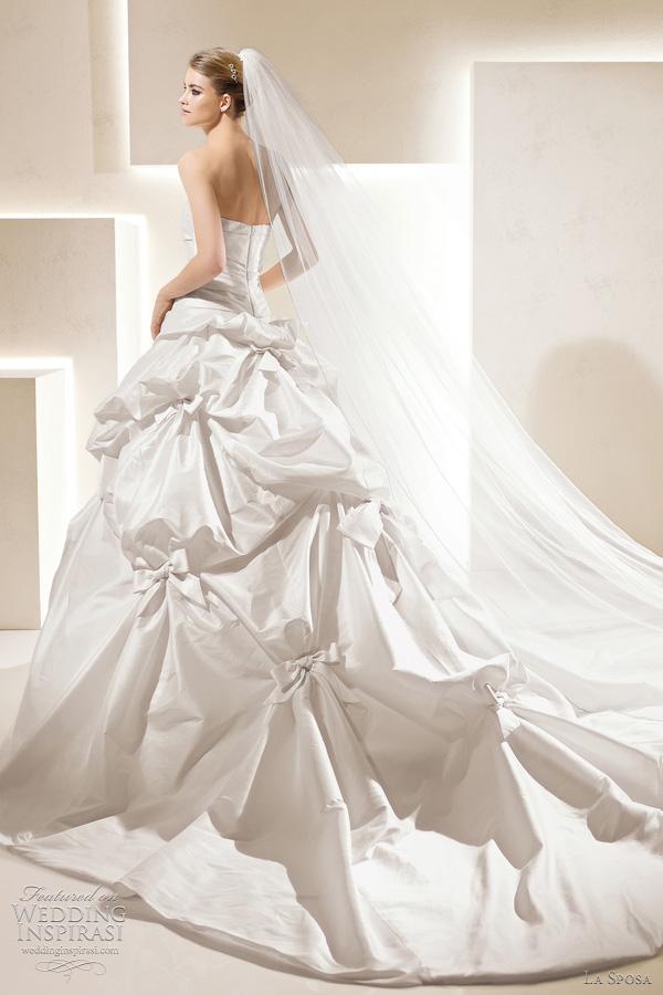 la sposa bridal 2012 sarria wedding dress with pickup skirt