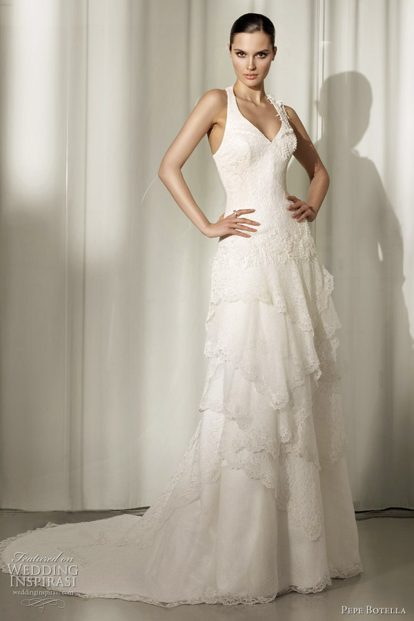pepe botella 2012 wedding dresses wedding inspirasi. Black Bedroom Furniture Sets. Home Design Ideas