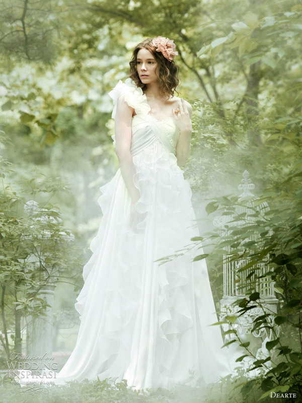 romantic secret garden wedding dresses