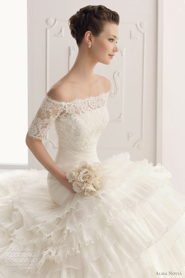 alma novia wedding dress 2012 -  Sabela gown
