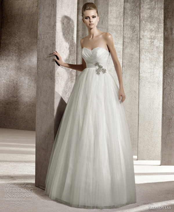 girls get hot pronovias wedding dresses 2012 you bridal