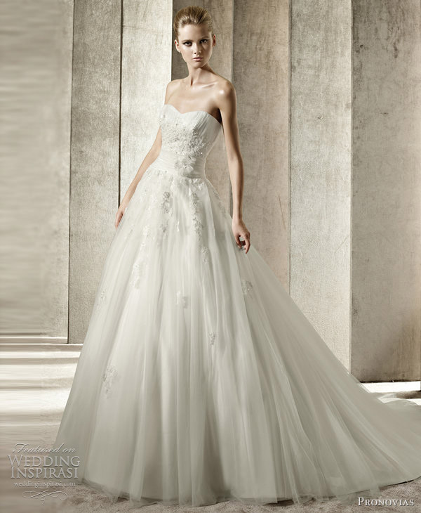 pronovias 2012 wedding dresses jenny