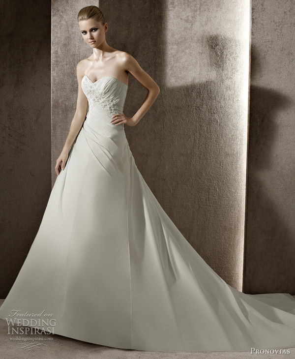 pronovias bridal 2012 jade
