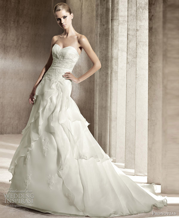pronovias wedding gowns 2012 janeiro