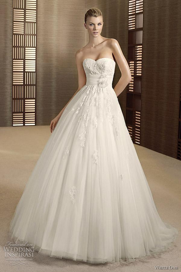 W1 White One Wedding Dresses Orquidea