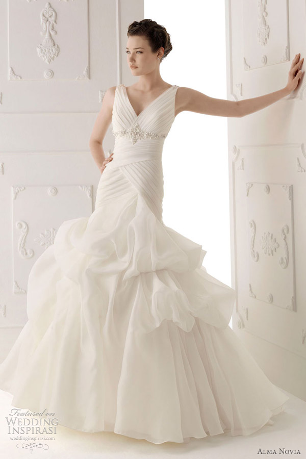 alma novia 2012 wedding dress - Suave