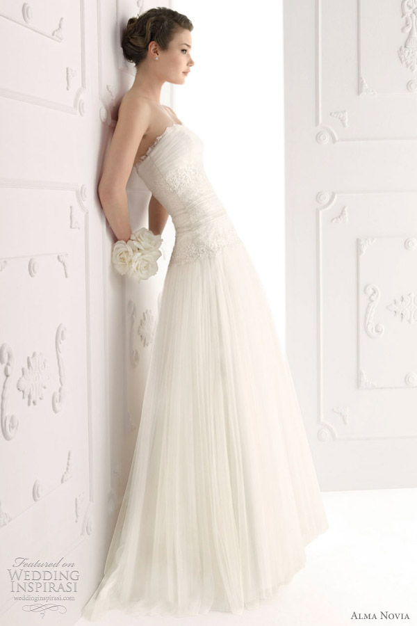 alma novia wedding dresses 2012 bridal collection - Siglo
