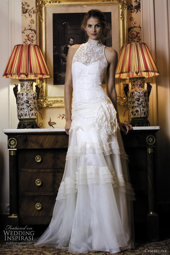 cymbeline halter neck wedding dress 2012 - Feria